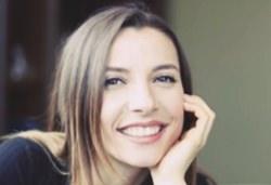 Pınar Göktaş Kimdir?