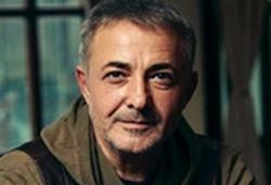 Mehmet Aslantuğ Kimdir?