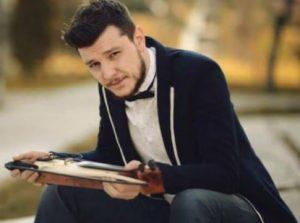 Şarkıcı Ekin Uzunlar kimdir, nereli, kaç yaşında, burcu