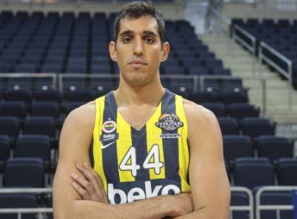 Fenerbahçe Basketbol Takımı oyuncusu Ahmet Düverioğlu hakkında merak edilenler ve Ahmet Düverioğlu kimdir, nereli, boyu ve kilosu