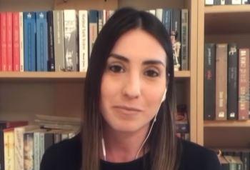 Ela Sezen Kimdir, hayatı ve biyografisi